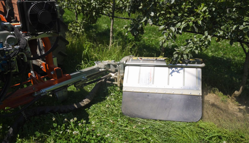 macchine-agricole-tagliaerba-inerbimento-frutteto